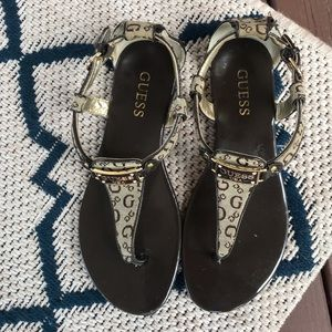 Beautiful Brown and Tan Guess Sandals 🌞